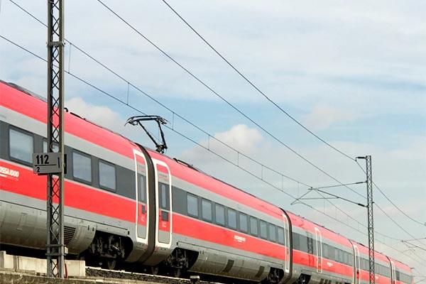 ferrovia-feeder-01